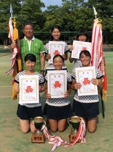 女子テニス優勝